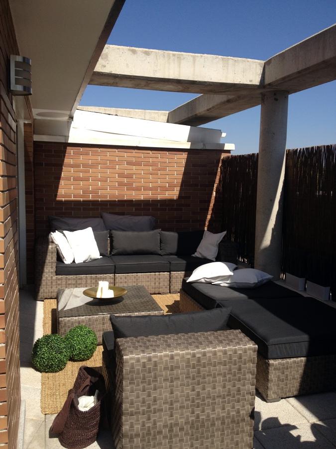 Foto mobiliario terraza de hacemostureforma 454729 for Mobiliario de terraza