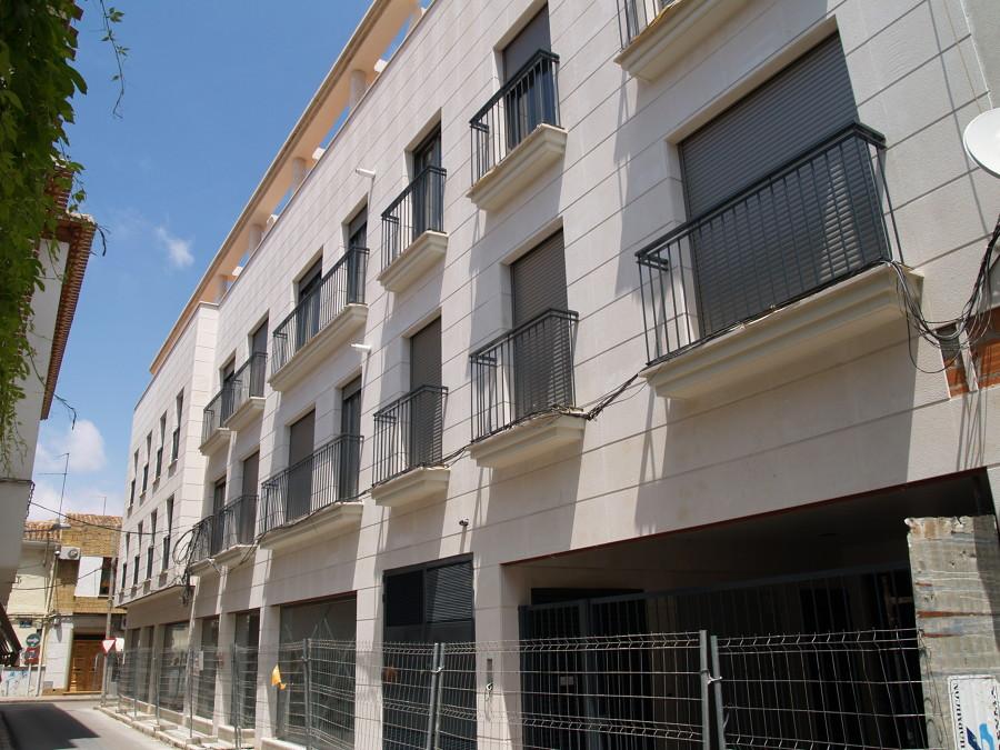 16 Viviendas, Locales, Trasteros y Garaje en Tomelloso, Ciudad Real