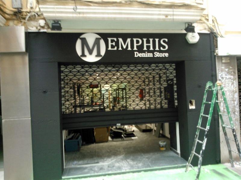 Aparador Retro Colorido ~ Foto Tienda Memphis Castellon de Mundoconstruct Obras Y Serv Sl #312500 Habitissimo