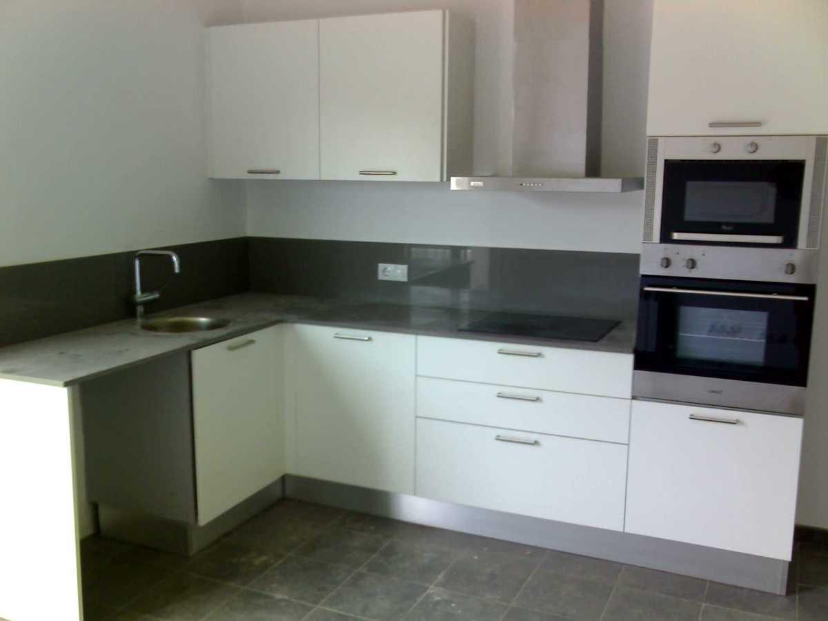 Foto todo en cocinas modernas de dise o y rusticas de carpinteria enric 199774 habitissimo - Cocinas de diseno en sevilla ...