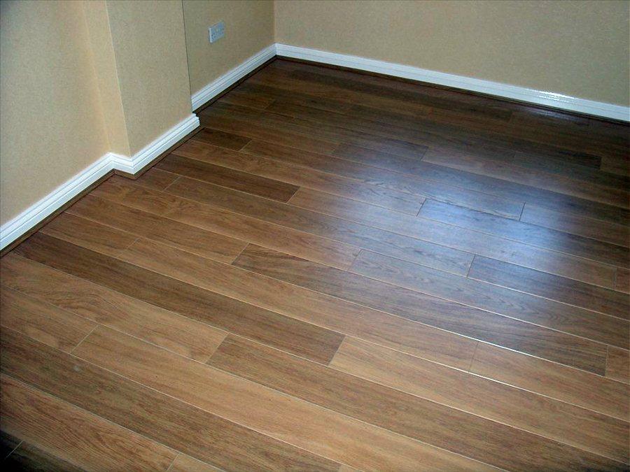 Foto todo tipo de laminados para suelo de large 214316 for Suelos laminados valladolid