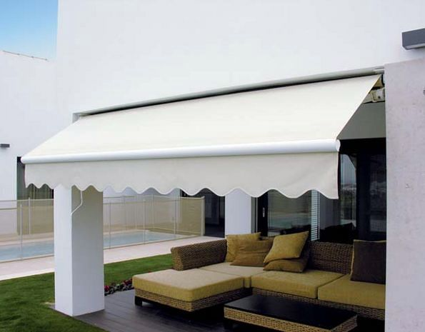 Toldo con brazo invisible
