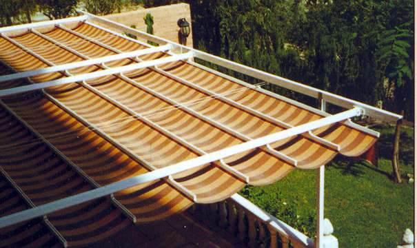 Foto toldo corredizo de aluminios aven 438887 habitissimo for Toldos para terrazas precios