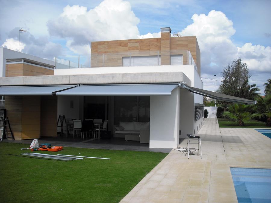 Foto toldos cofre dise o abierto de outtecnic 446538 - Toldos cofre precios ...
