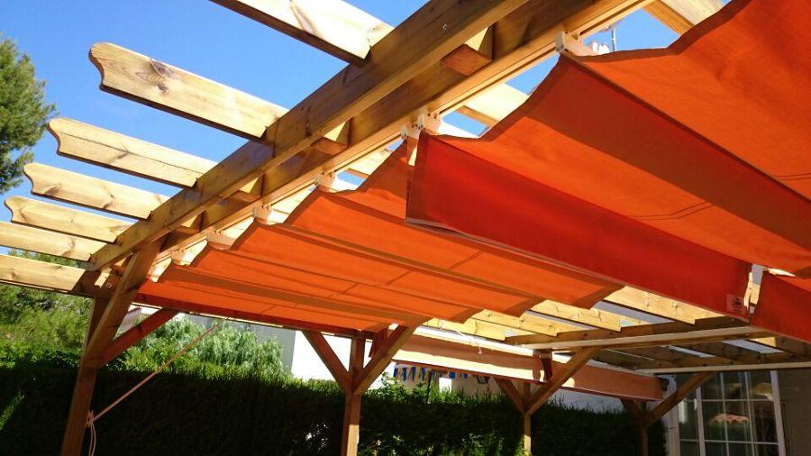 Foto toldos correderos para estructuras de madera de for Estructura de aluminio para toldo