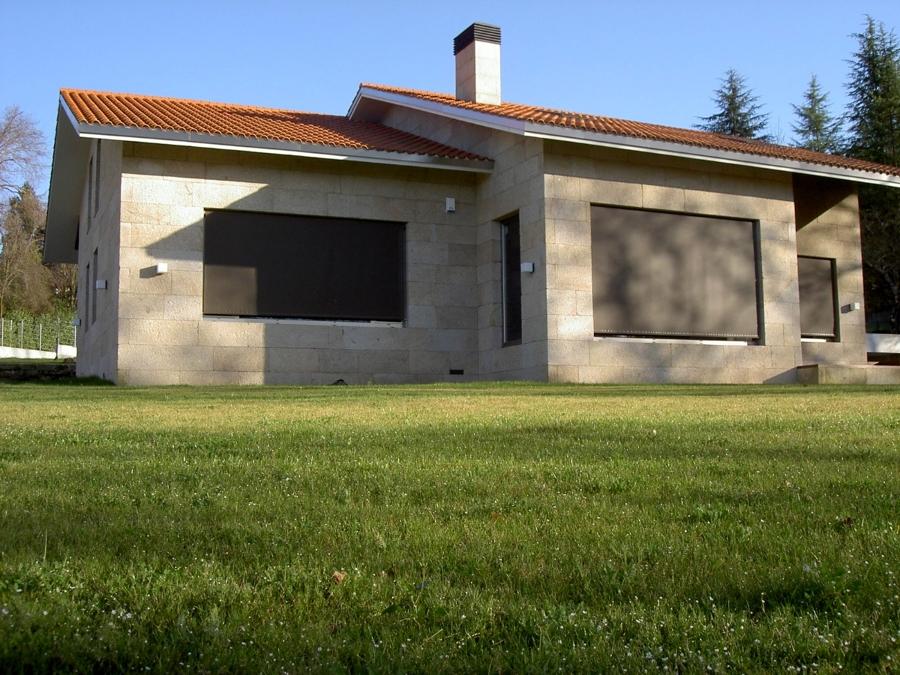 Foto toldos verticales de toldos ourense ourense 278068 - Toldos en pontevedra ...