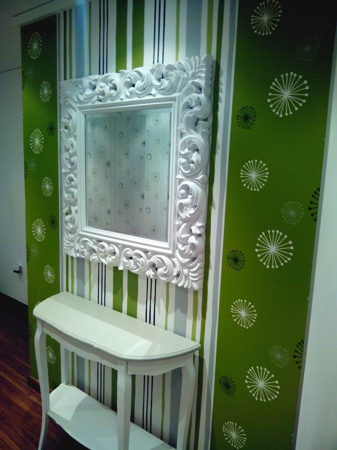 Foto trabajo de lacado de muebles y empapelado de for Lacado de muebles