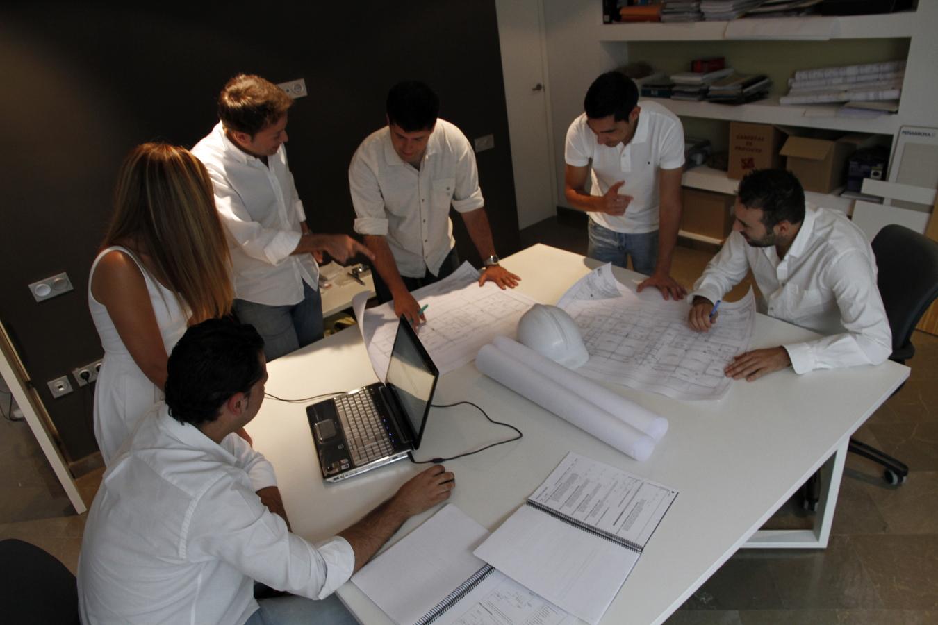 Foto trabajo en equipo multidisciplinar 1 de estudio - Trabajo para arquitectos en espana ...