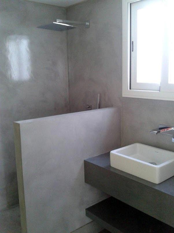 Foto trabajos de microcemento en ba o de multiasistencia - Aplicacion de microcemento en paredes ...