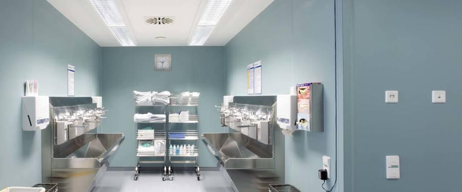 Instalación de alumbrado especial Centro Médico.