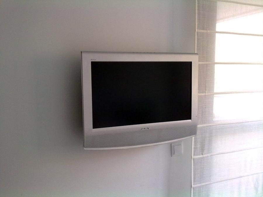 TV EN PLADUR