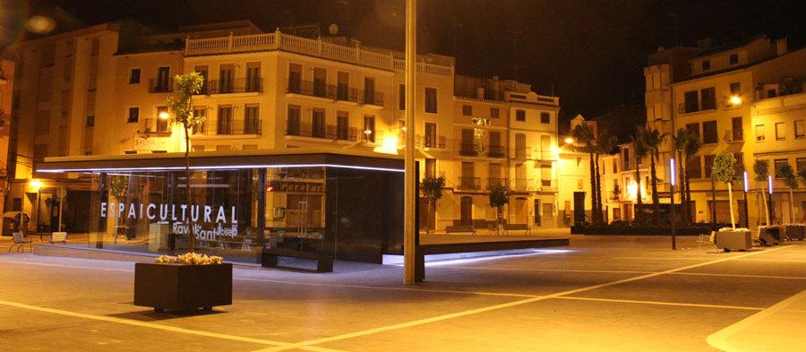 Urbanización Plaza Raval