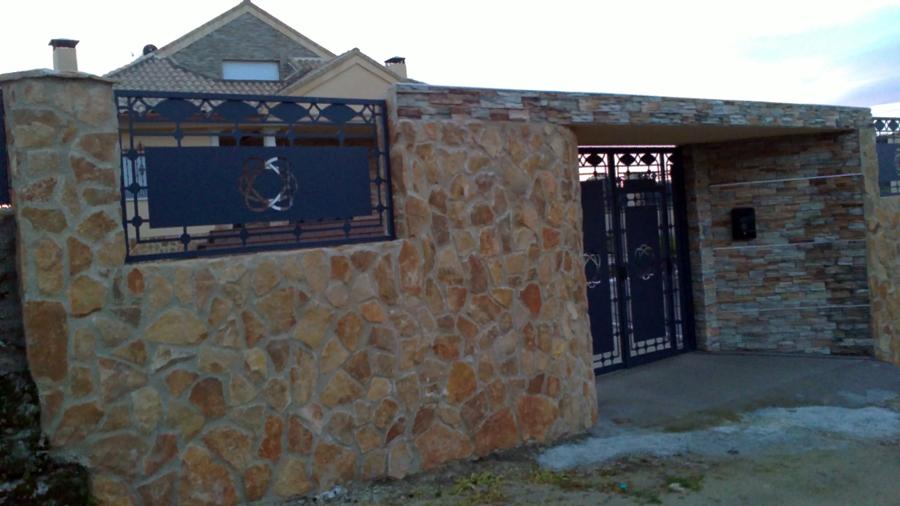 Foto valla chalet piedra natural de todosty 344638 habitissimo - Vallas de piedra ...