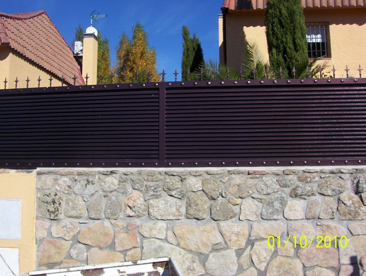 Foto valla de lamas de alvarado talleres metalicos s l - Vallas para chalets ...