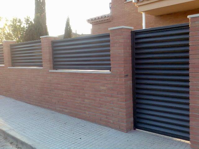 Foto vallas y cancela en hierro de marsan multiserveis for Vallas de hierro para jardin