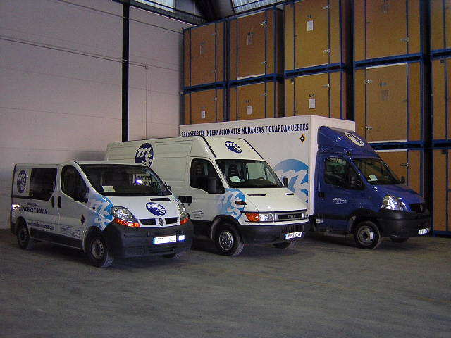 Vehiculos en Guardamuebles 2