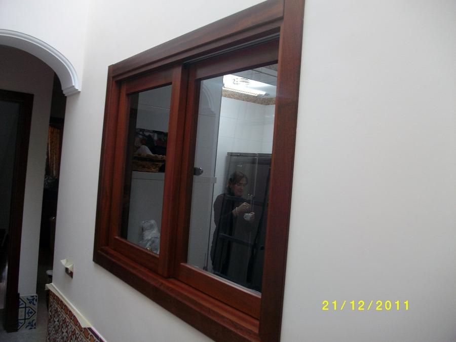 Casa residencial familiar ventanas de madera en madrid - Ventanas de madera madrid ...