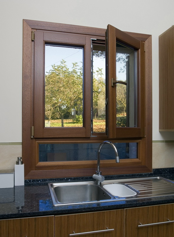 Foto ventana en madera perfil europeo de grup orell - Ventanas de madera madrid ...