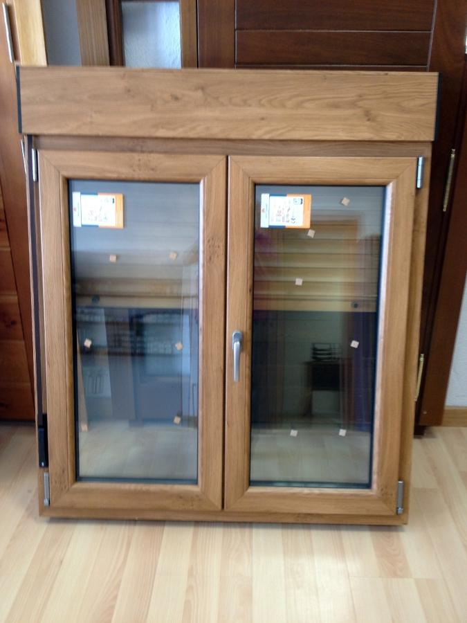 Foto ventana pvc o madera con persiana de puertas ngel for Ventanas pvc color madera