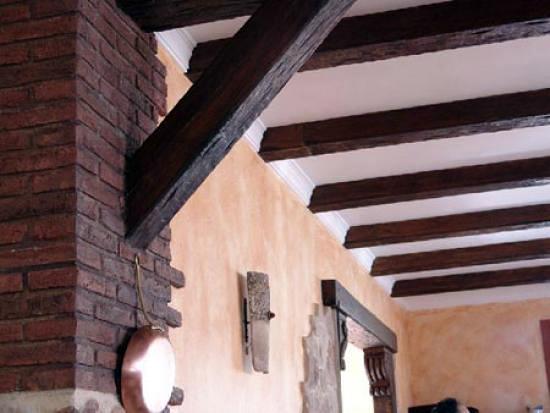 Foto vigas y paneles r sticos imitaci n de decopladur - Placas imitacion ladrillo ...