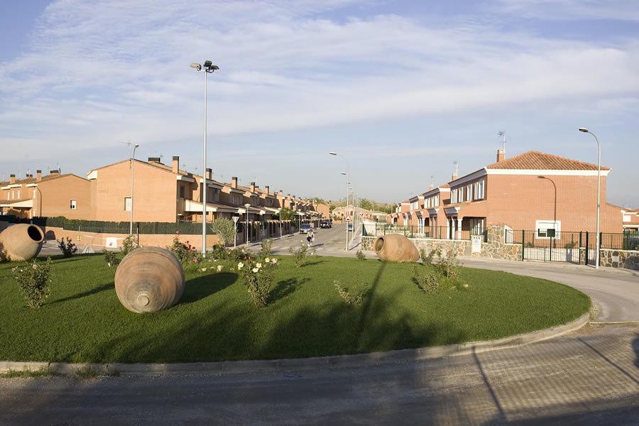 Viviendas y urbanización