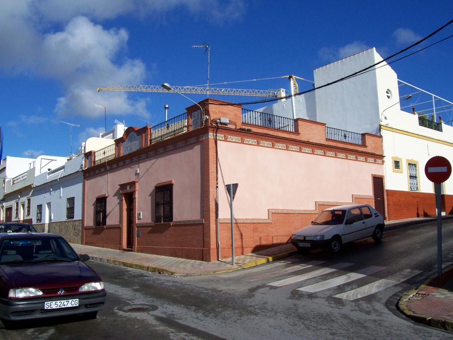 VIVIENDA ALZADO LATERAL DERECHO