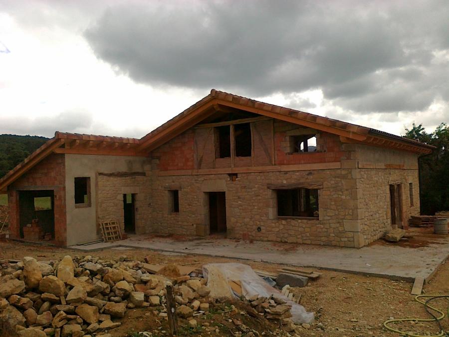 Foto vivienda nueva en bellojin alava 627417746 de montajes egur s l l 310816 habitissimo - Casa nueva viviendas ...