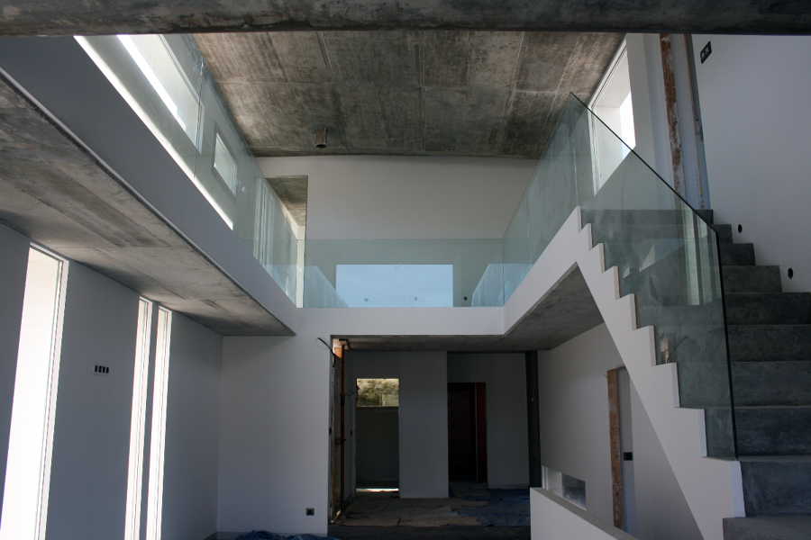 Foto vivienda unifamiliar adosada en fragoselo coruxo vigo pontevedra de menos es mas - Arquitectos en vigo ...