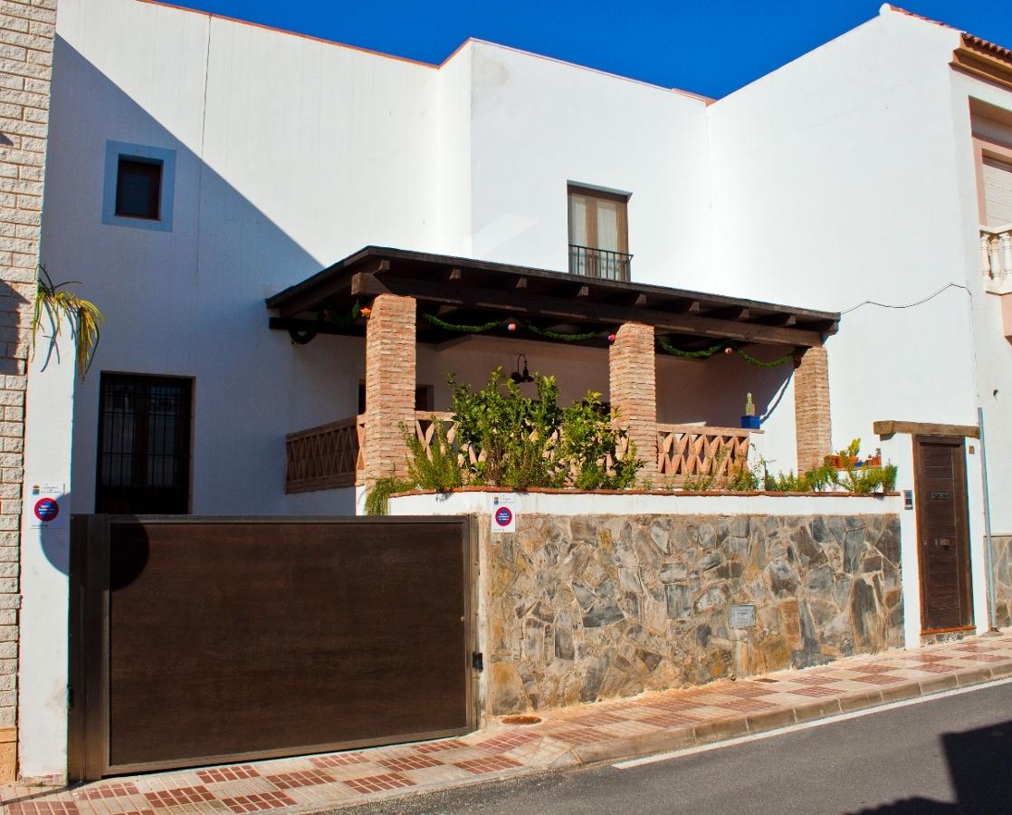 Vivienda unifamiliar en Berja (Almería). Fachada