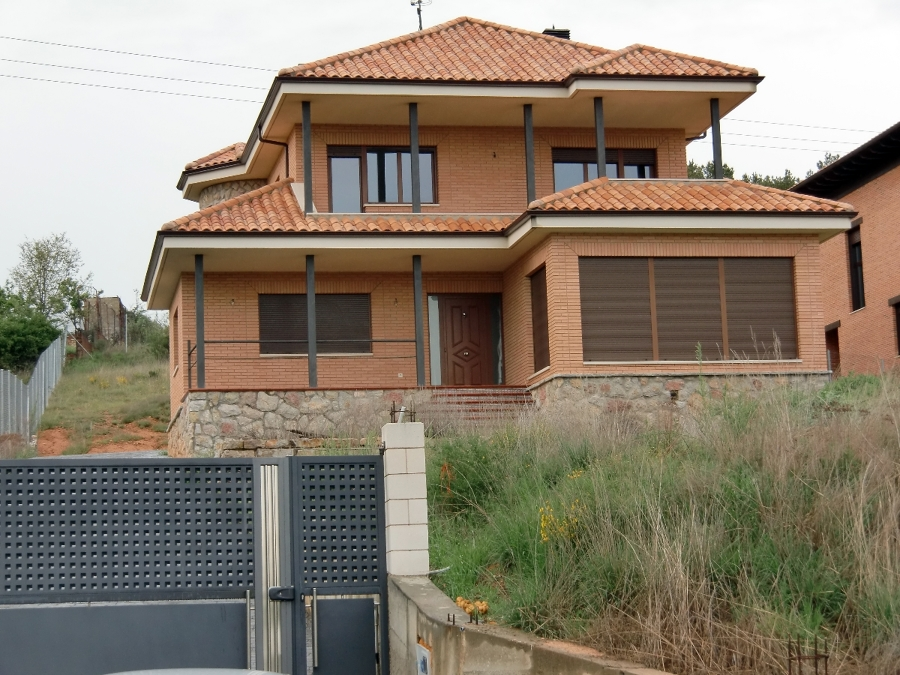 Vivienda unifamiliar en Ferral del Bernesga (Léon)