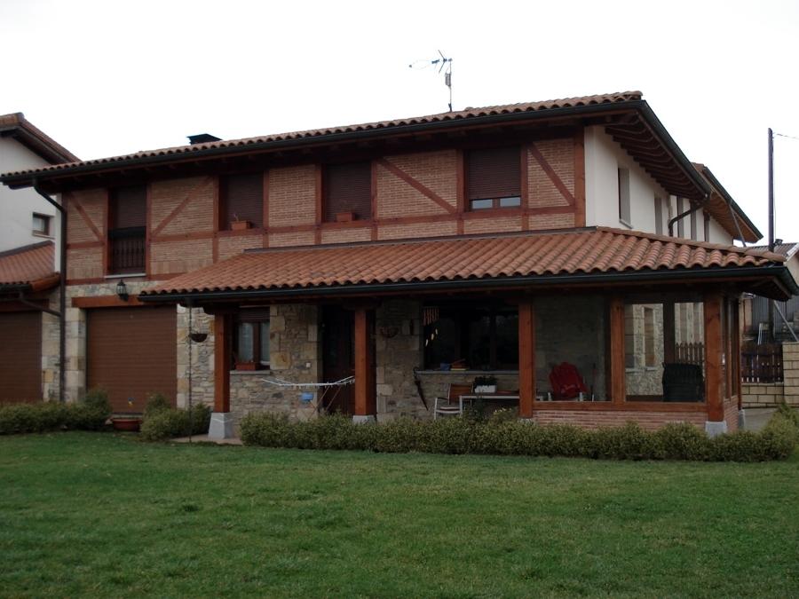 Foto vivienda unifamiliar 627417746 de montajes egur s l for Tejados madera vizcaya