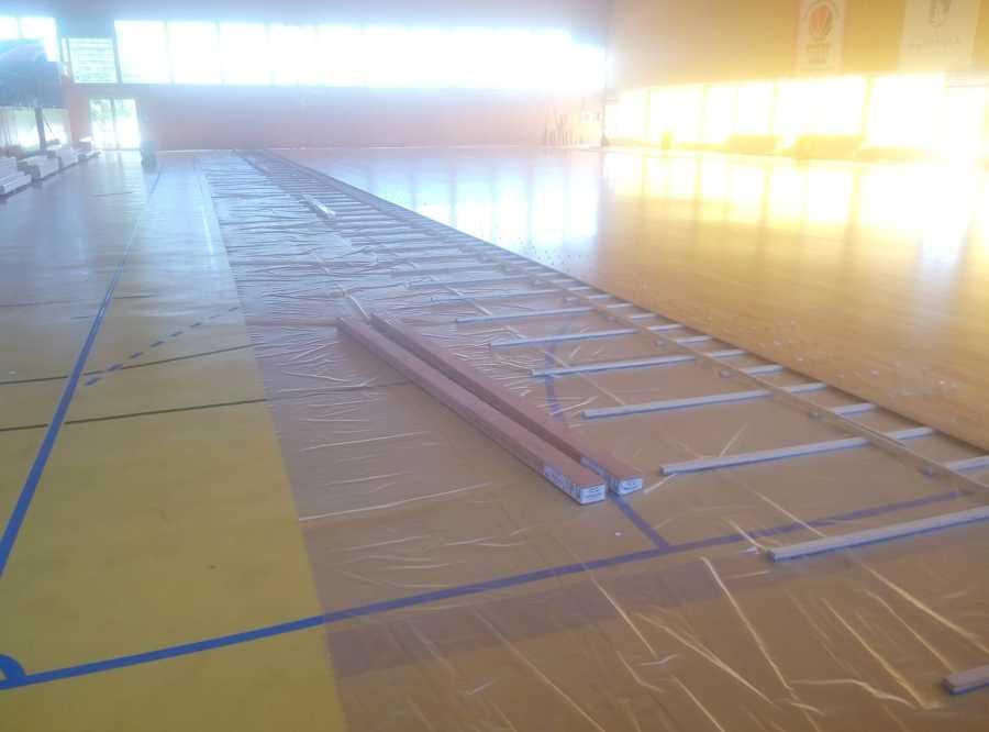 Montaje pavimentos de madera pabellon