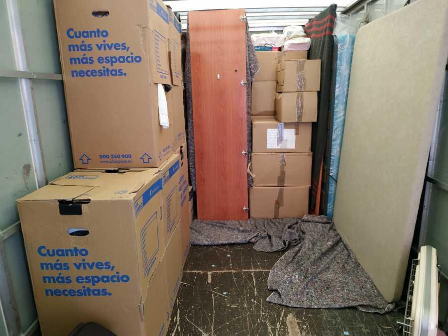 Cajas y cajas armario