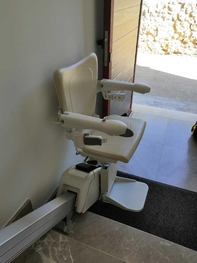 silla salvaescaleras modelo Alium