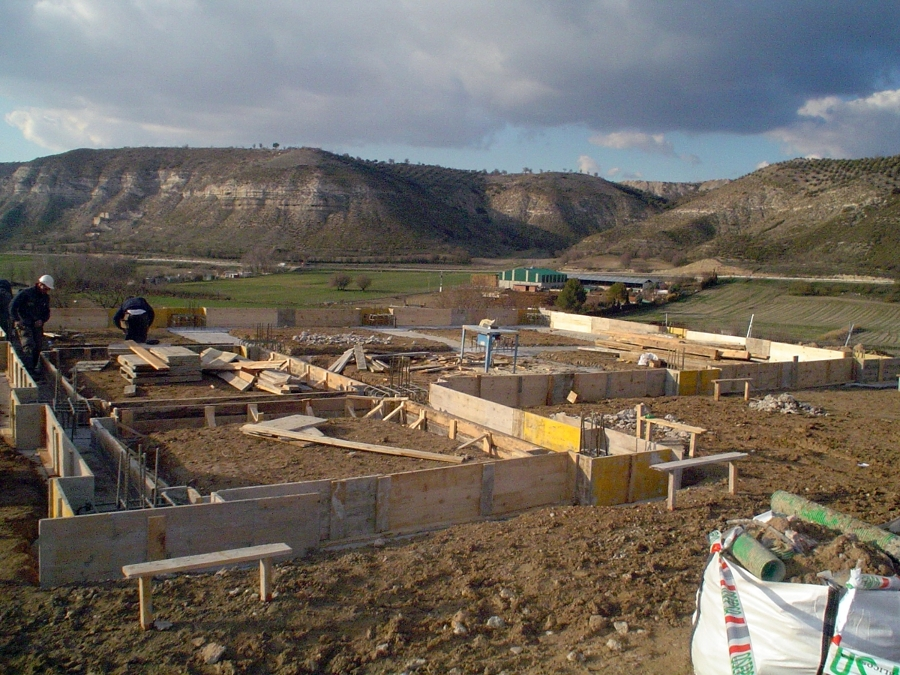 CONSTRUCCIÓN DE CHALET RÚSTICO DE 160m2