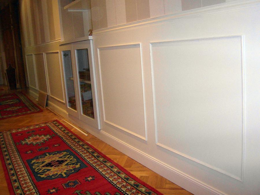 Foto z calo en pasillo de dise o y montaje de mobiliario for Zocalos para patios modernos