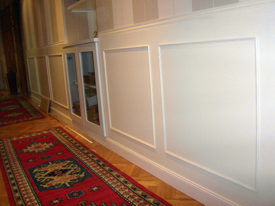 Foto z calo en pasillo de dise o y montaje de mobiliario - Pasillos con zocalo ...