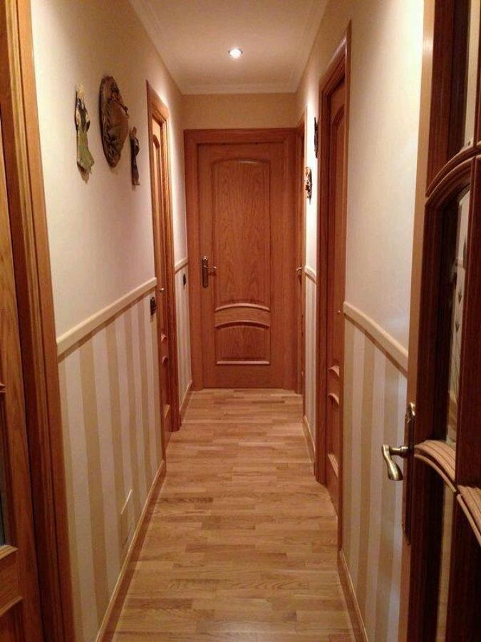 Foto z calo rayas verticales en pasillo de pinturas - Decoracion de pasillos y recibidores ...