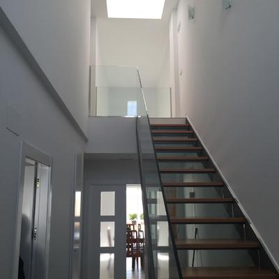 Escalera interior 02