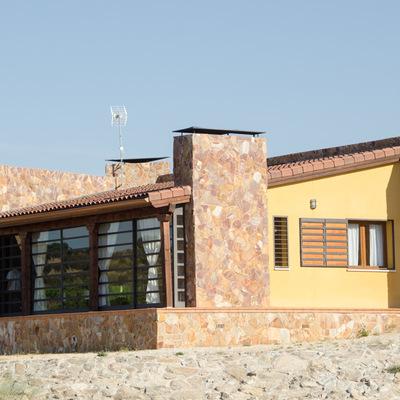 Fachada trasera de vivienda en Valdemorillo