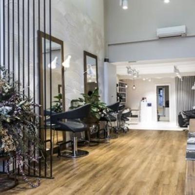 Salón de estética y peluquería