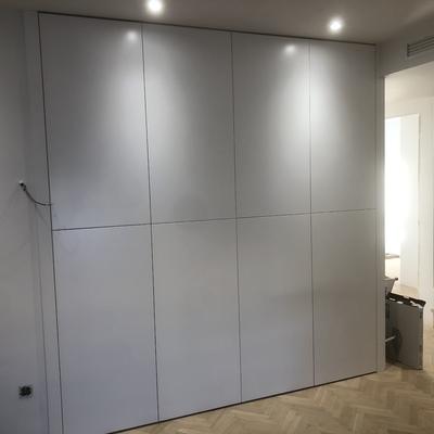 Frente armario con 8 puertas lacadas