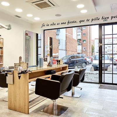 Peluquería ANA LAGO Cuarta Generación   (Calle Rio Nervión 57, 28017 Madrid)