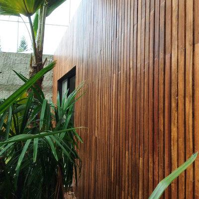 Forrado en madera de la estancia exterior de una villa (Santo Domingo, República Dominicana)