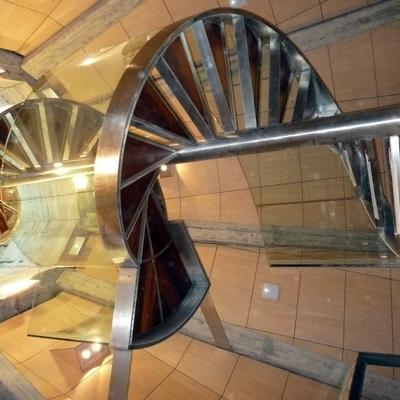 1- Escalera caracol acero inoxidable