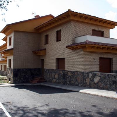 10 Viviendas unifamiliares en La Adrada