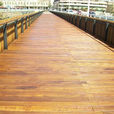 Pont de fusta terminado