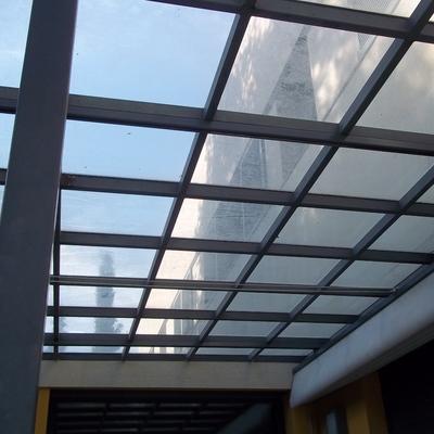 tejado de porche de cristal
