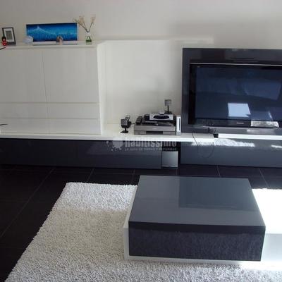 mueble y centro television movible,
