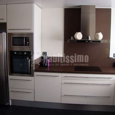 mueble cocina lacado en blanco